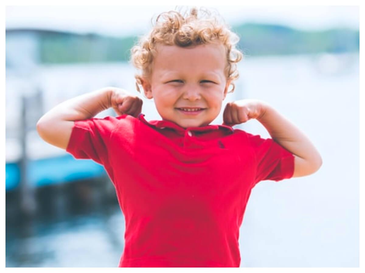 Czerwony t-shirt dziecięcy dla chłopca